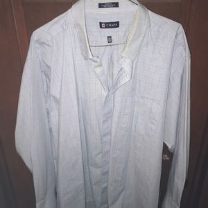 CHAPS men's button down collared shirt